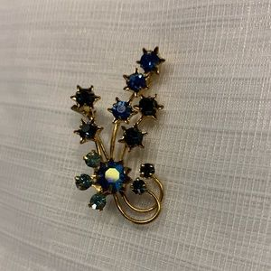 Vintage Austrian Blue Crystal Flower Brooch